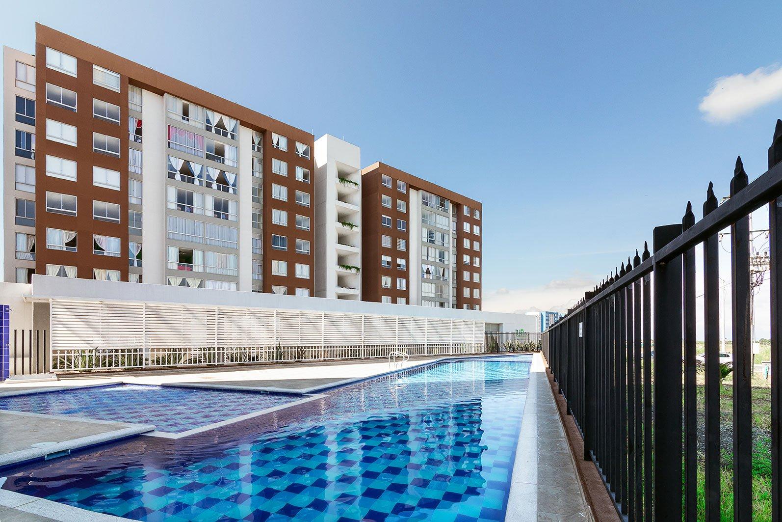apartamentos el retiro piscina